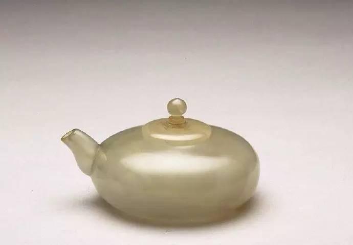 雍正时期玛瑙器皿鉴赏,典雅素净,自然天成!