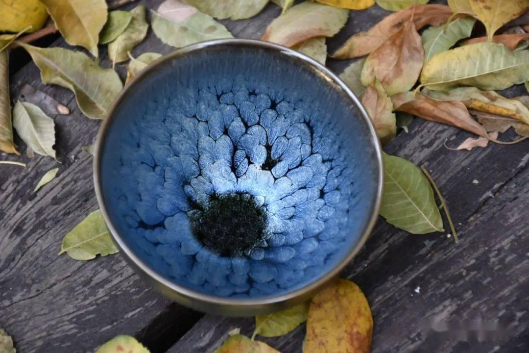 喝茶赏盏,从浅入深,回味无穷!