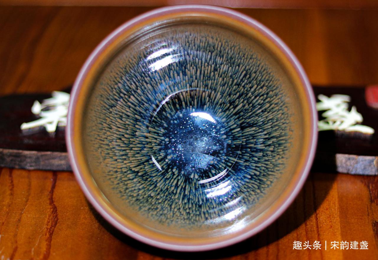 建盏茶器有哪些好处?建盏品茶都改变了什么?美感亦或者是品质?