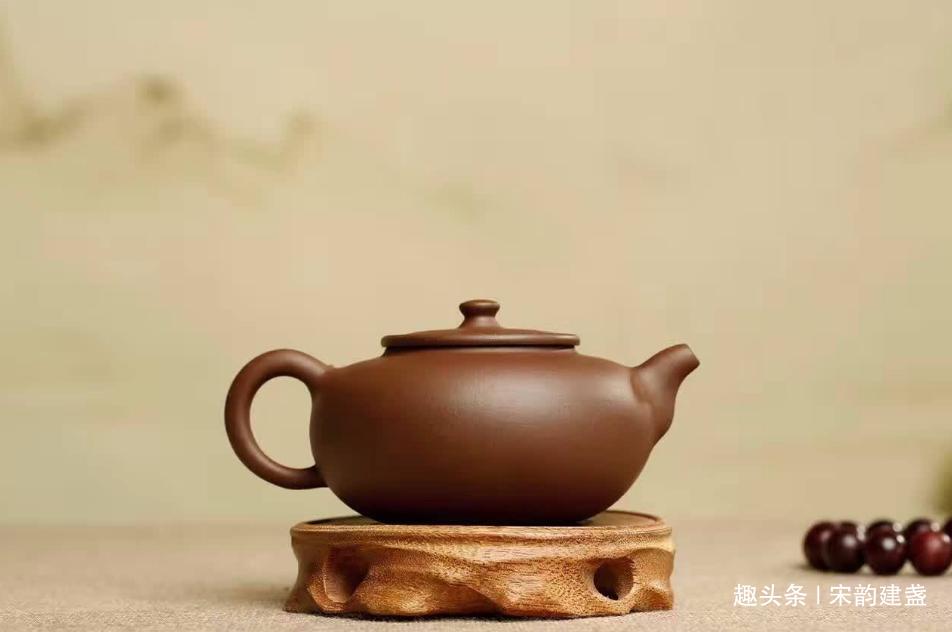建盏茶具搭配一些什么才好?除了茶之外,还有谁和它显得更搭呢?