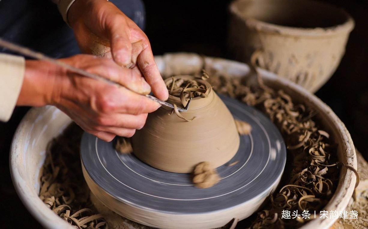 窑变建盏的技艺简单吗?如果想学习烧制建盏?应该先了解什么?