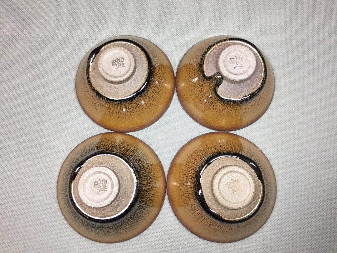 斗笠盏,敞口斜腹壁呈45度角小圈足形似倒置的斗笠