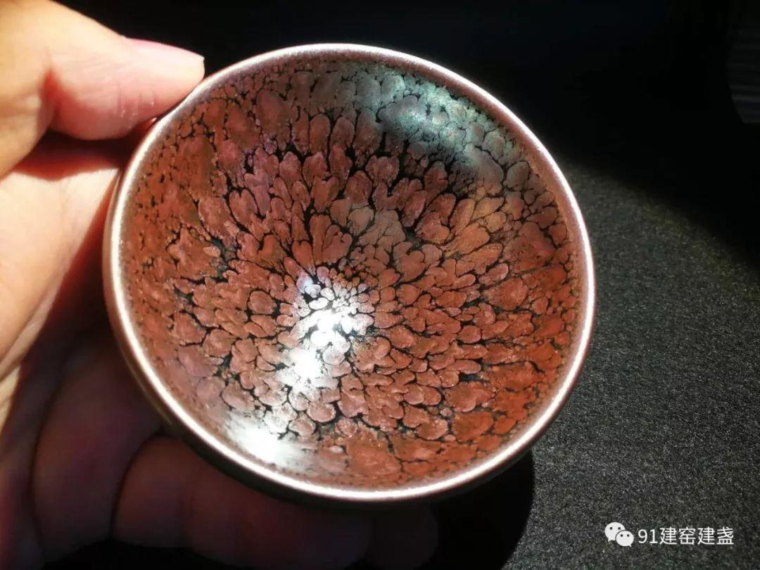 好茶成全了好盏,还是好盏衬托出了好茶?