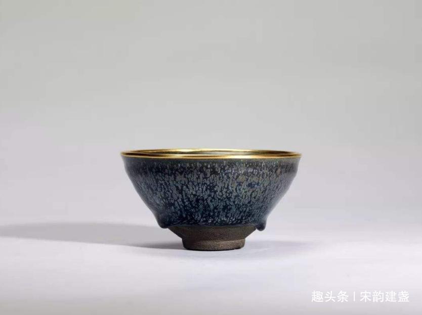"""宋代建盏,为何""""顶级""""珍品国内鲜有,很大一部分东流到日本?"""