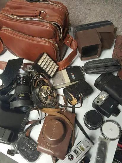 让人穿越回35年前的相机包,回了1982年的中国