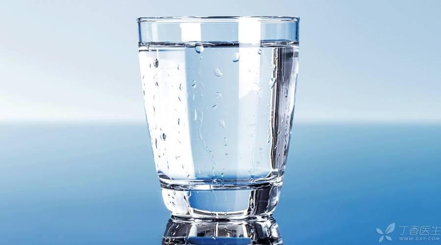 玻璃杯、不锈钢杯、陶瓷杯,水杯你真的用对了吗?