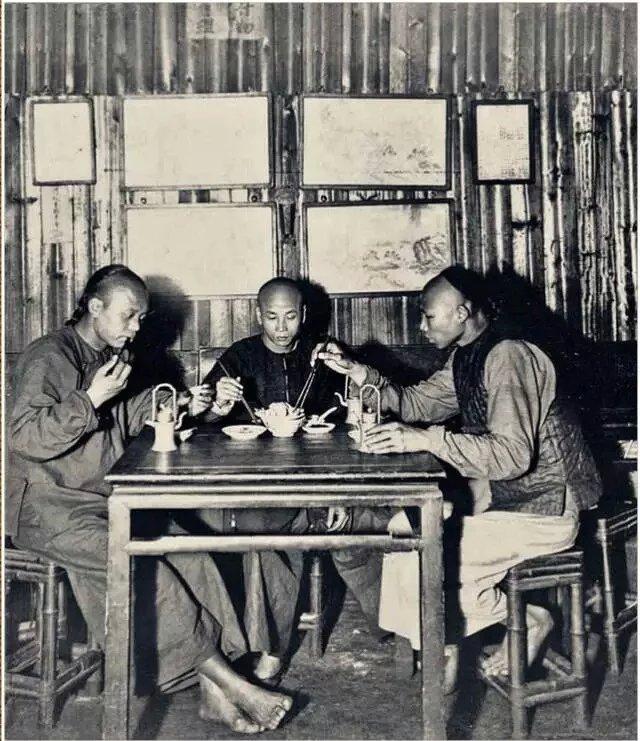 《中国茶馆》 茶馆的形成与演变