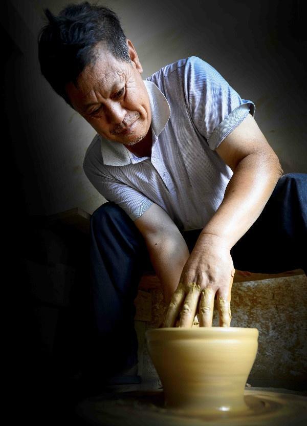 建盏名家蔡炳龙 建窑建盏制作技艺代表性传承人
