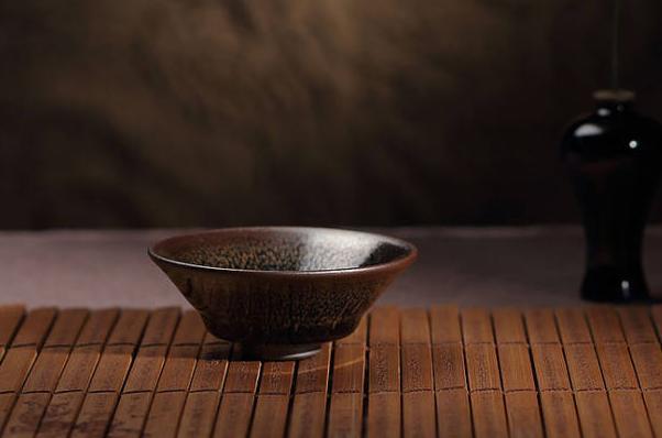 建盏名家叶礼忠:半生磨一技,传统工艺代代相传