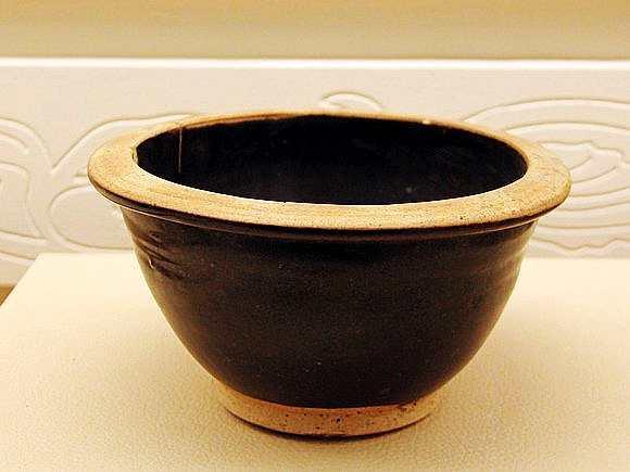 鉴赏 黑色经典 唐代黑釉瓷器 耀州窑博物馆馆藏