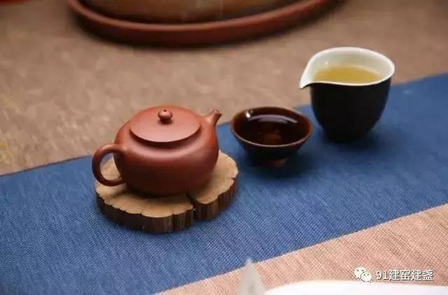 搭配茶席,怎能少了建盏?