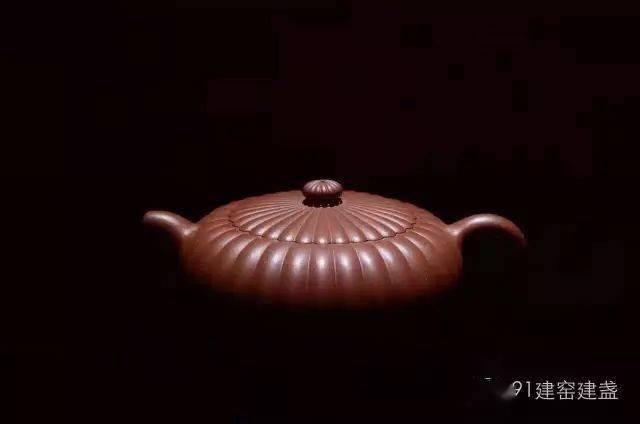 紫砂壶配建盏似乎成为了许多茶友的饮茶首选!