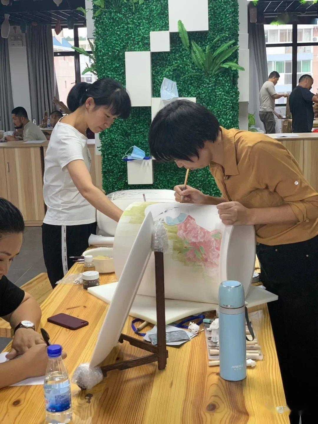 福建省陶瓷行业职工技能大赛暨2020年中国技能大赛 ——第六届全国陶瓷职业技能竞赛预选赛在德化艺术驻地举办