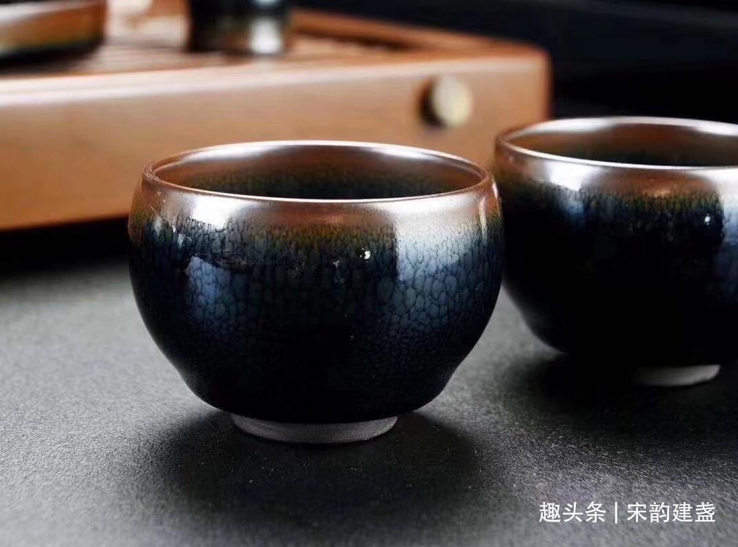 建盏喝茶的好处有什么?玩盏时能够学到什么?建盏茶具有何好坏?