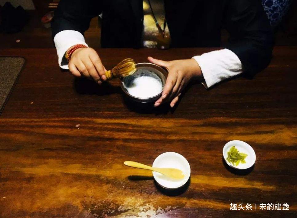 建盏与茶为何如此密切?宋代点茶有哪些步骤?你爱茶还是更爱盏?