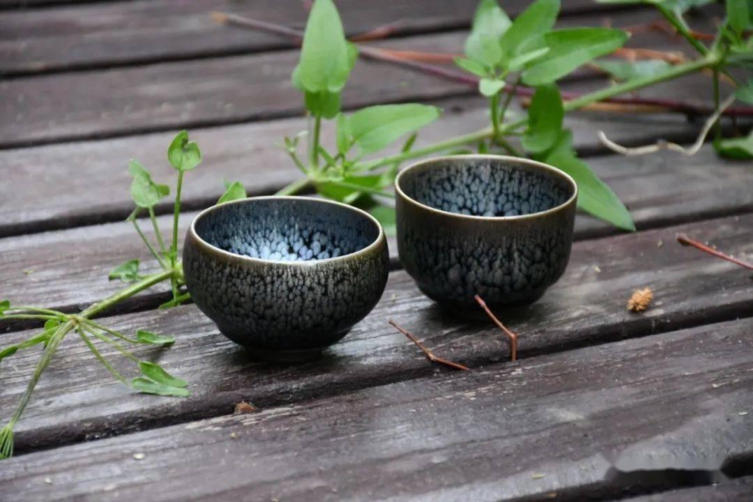 让喝茶赏盏成为我们以后的生活方式吧!