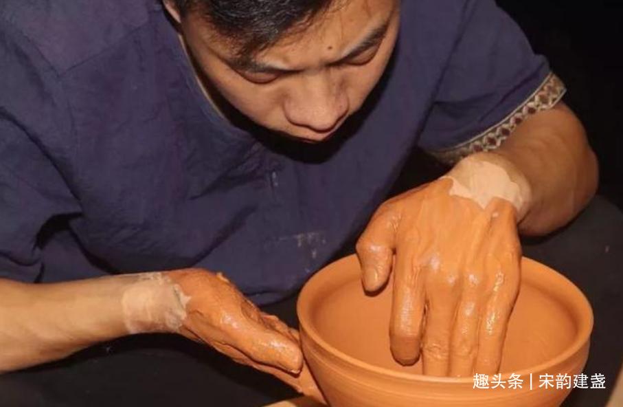 建盏匠人张家华:最年轻的建窑建盏非遗传承人,却不止于年轻