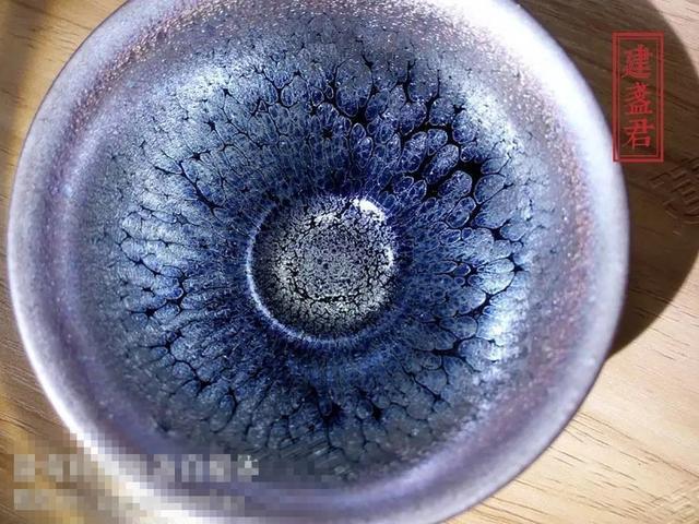 真正的精品建盏,釉色应符合哪些条件