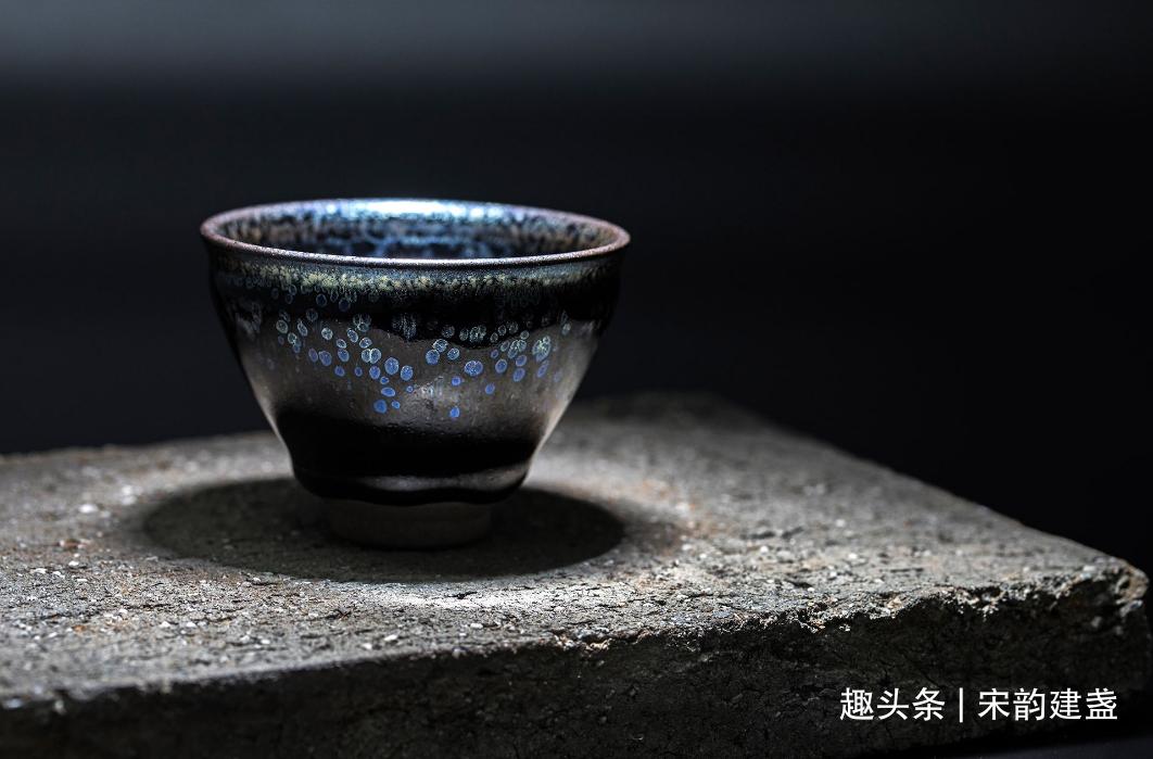 建盏与什么茶器搭配最好?建盏的实用、艺术价值体现在哪?