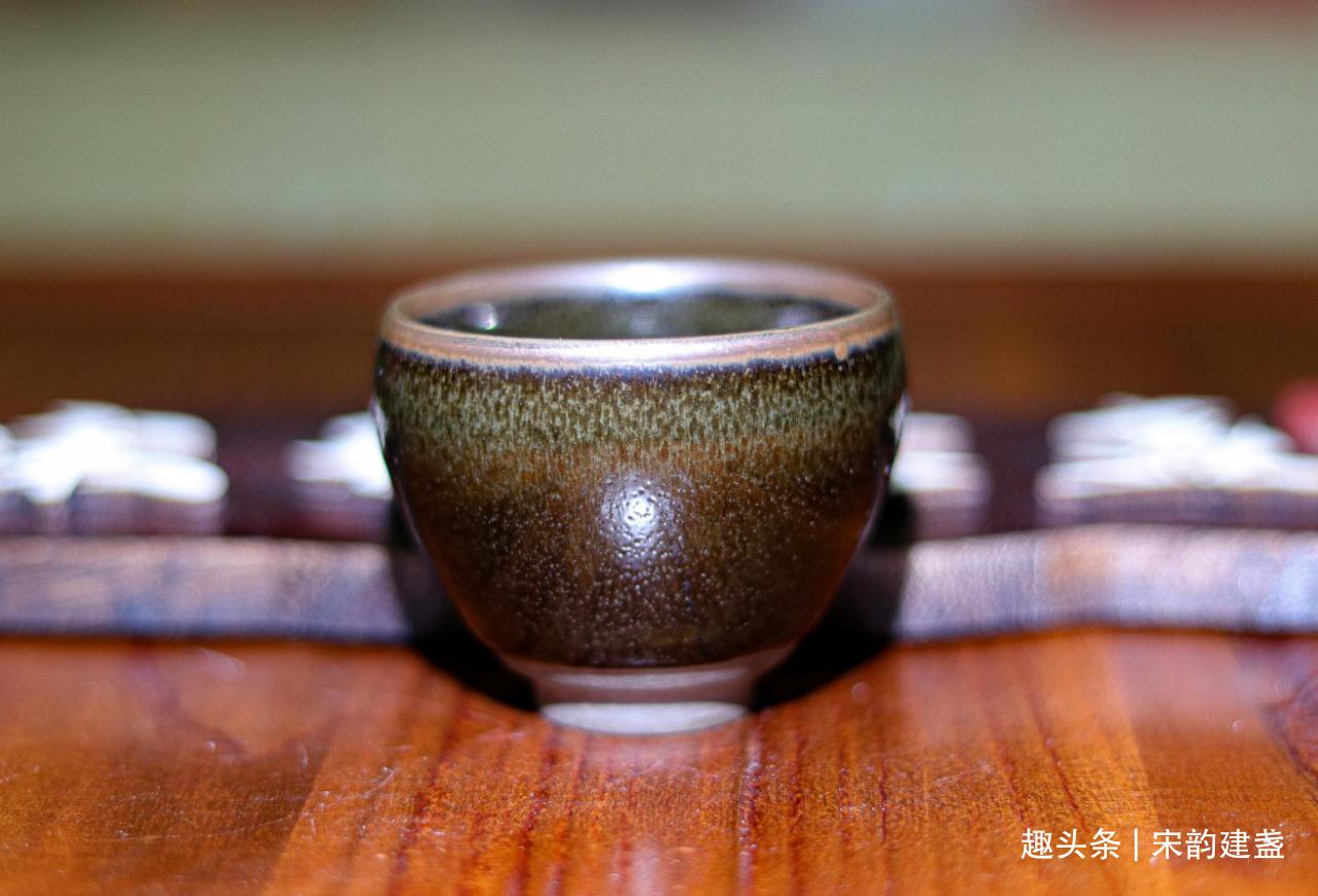 如何更好的建盏品茗?怎样才能体会品茶赏盏的幸福感?