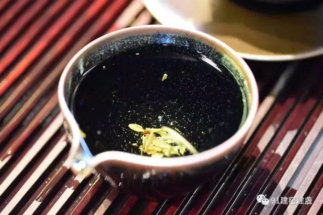 习惯喝茶的人,身上有10种独特的气质!