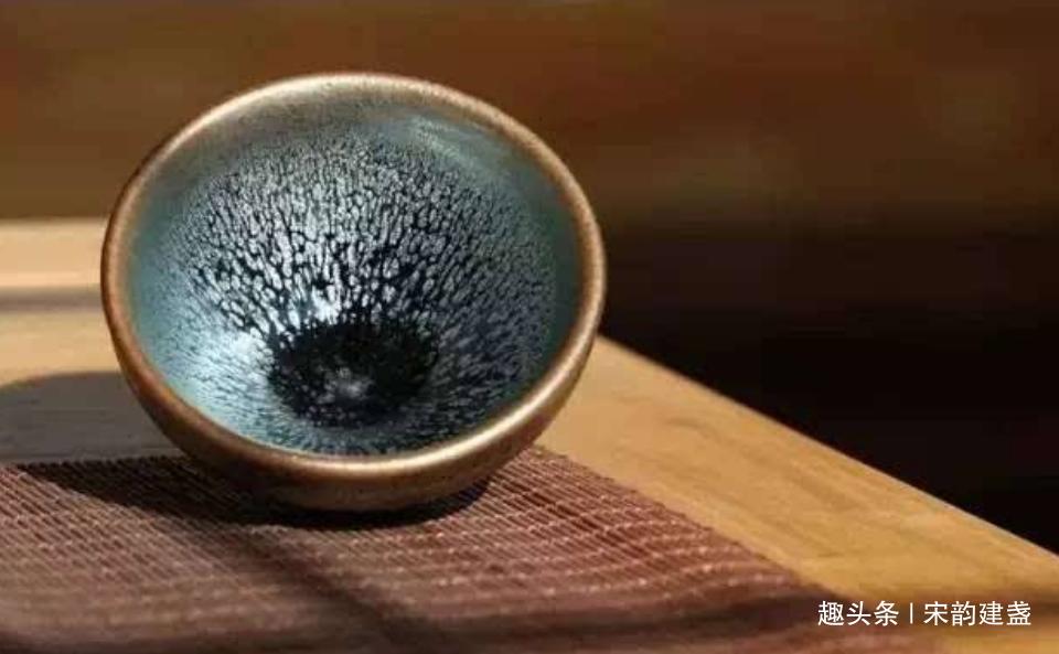 何为窑变建盏?何为茶变?建盏一生中最重要的两次变化是什么?