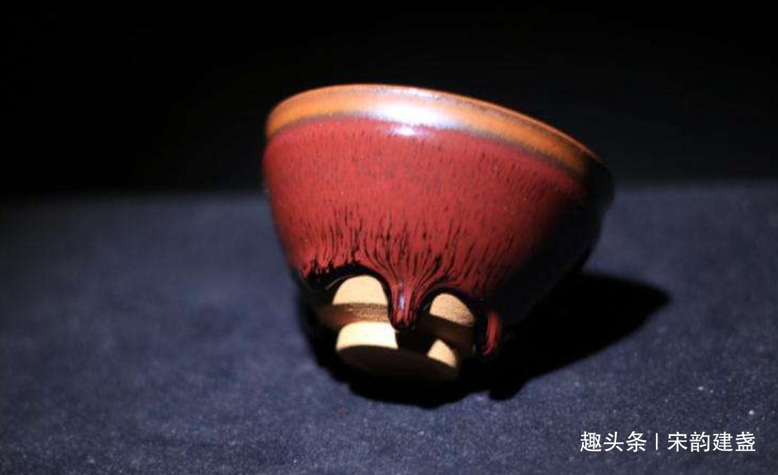 建盏是什么?宋代三本权威茶书,为何皆以建盏为茶器之首?