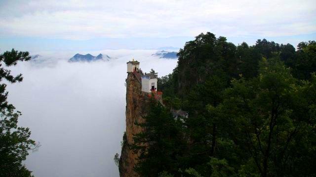 世界上最险要的房子在陕西,秦楚一柱,绝顶道观