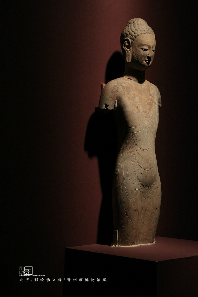 """青州市博物馆藏北齐佛立像,所谓的""""曹衣出水""""了"""