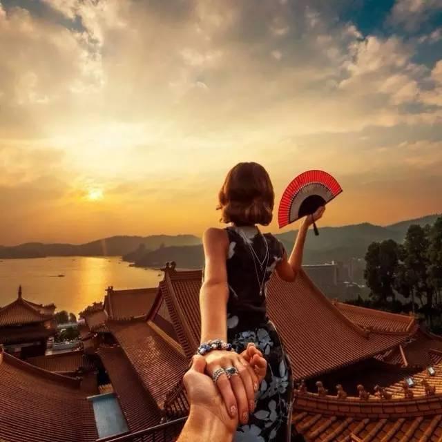 """""""不要脸夫妻""""又来中国了,婚后旅行颜值又刷高了"""