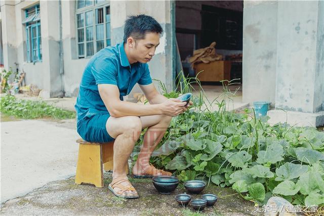暨志平师从许家有 武夷山烧盏专业生产初具雏形