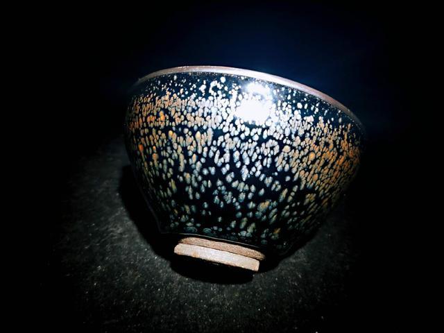 建窑油滴与华北油滴的有什么差别
