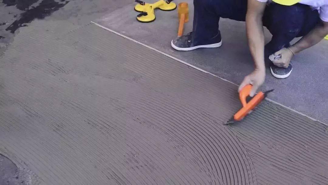 大板瓷砖如何铺贴?5个小窍门你必须知道|瓷砖百科