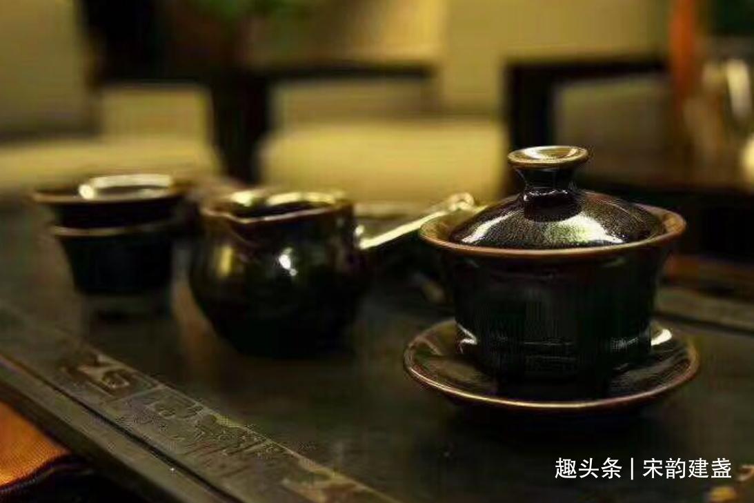 如何科学的喝茶?一天当中哪三个时段最适合喝茶?分别喝什么茶?