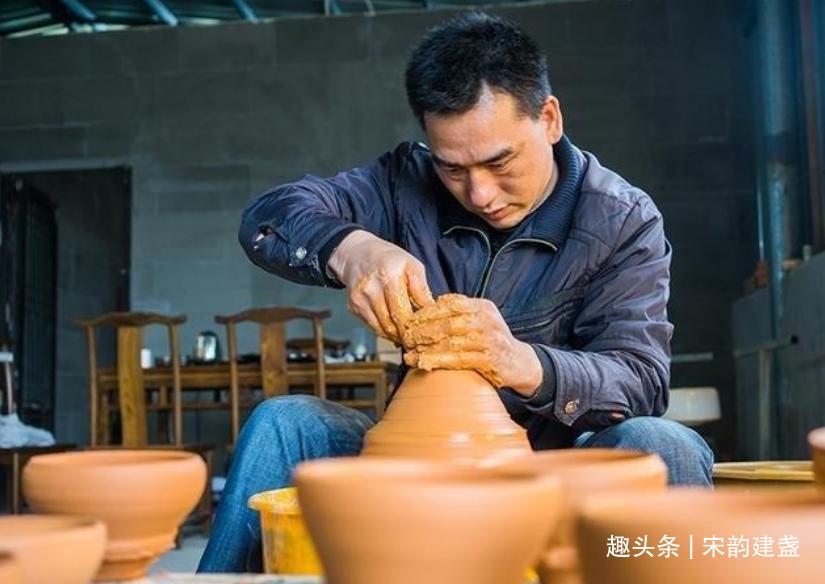 建盏非遗传承人吴周福:因为热爱建盏,所以倾注一生