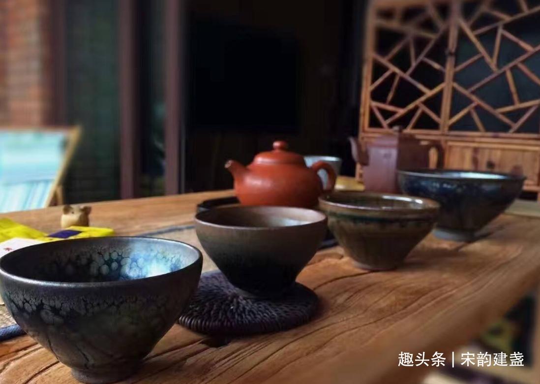 品茗茶具那么多,如何选择一款合适的茶具?建盏又有什么优势?