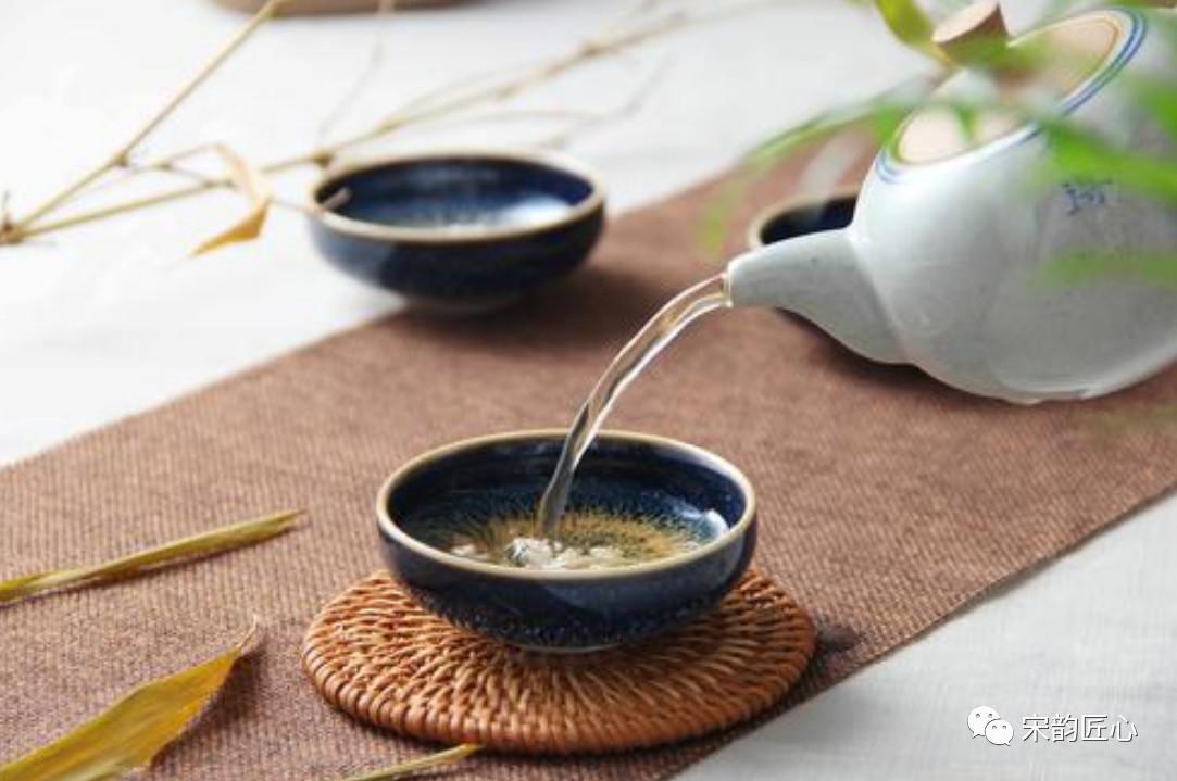 建盏窑变、曜变、茶变是什么意思?一字之别,差之千里!