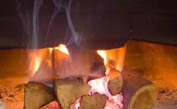 柴烧和电烧有什么区别