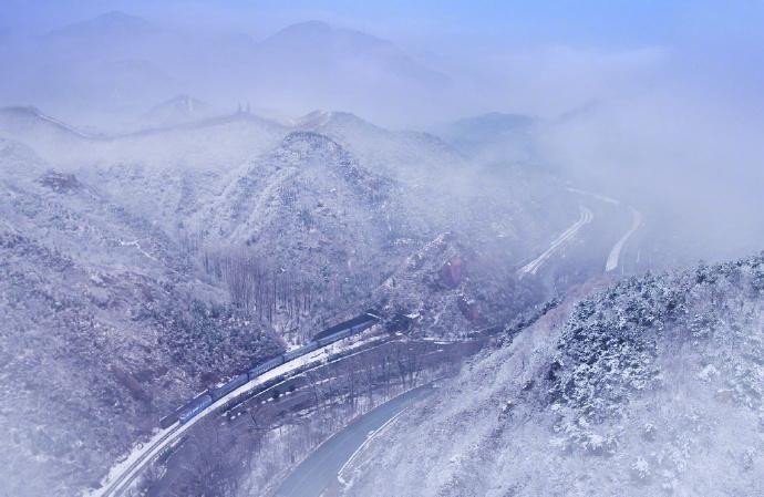 铁路两旁的风景你可曾留意,原来它可以这么美