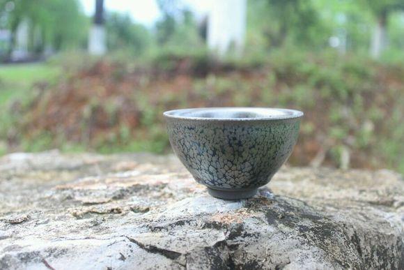 和俤建盏 胎色古 朴釉色明润 花色均衡