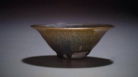 建盏,宋时为皇室御用茶具,遗址地位于建阳水吉镇