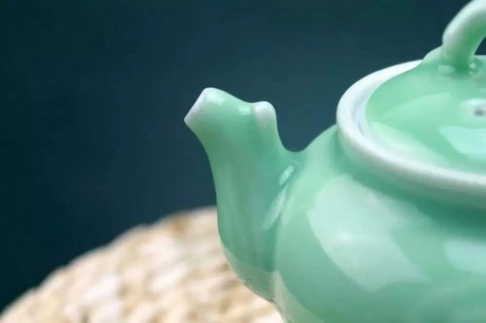 【陶瓷技术】六种神奇的陶瓷施釉工艺,了解一下!