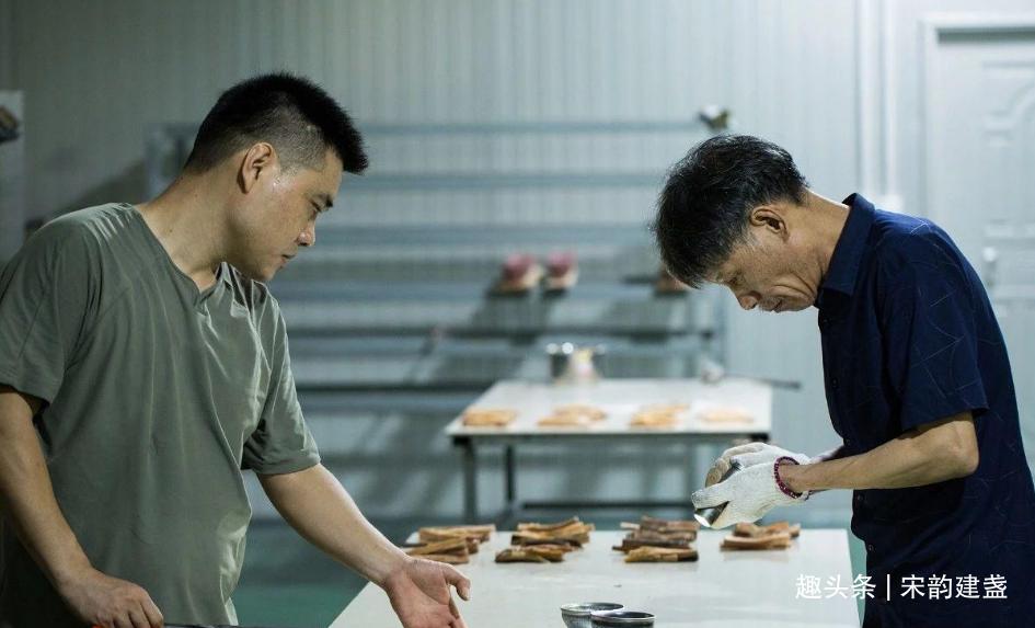 建盏匠人吴继旺:传承建盏非遗文化,让更多人了解建盏