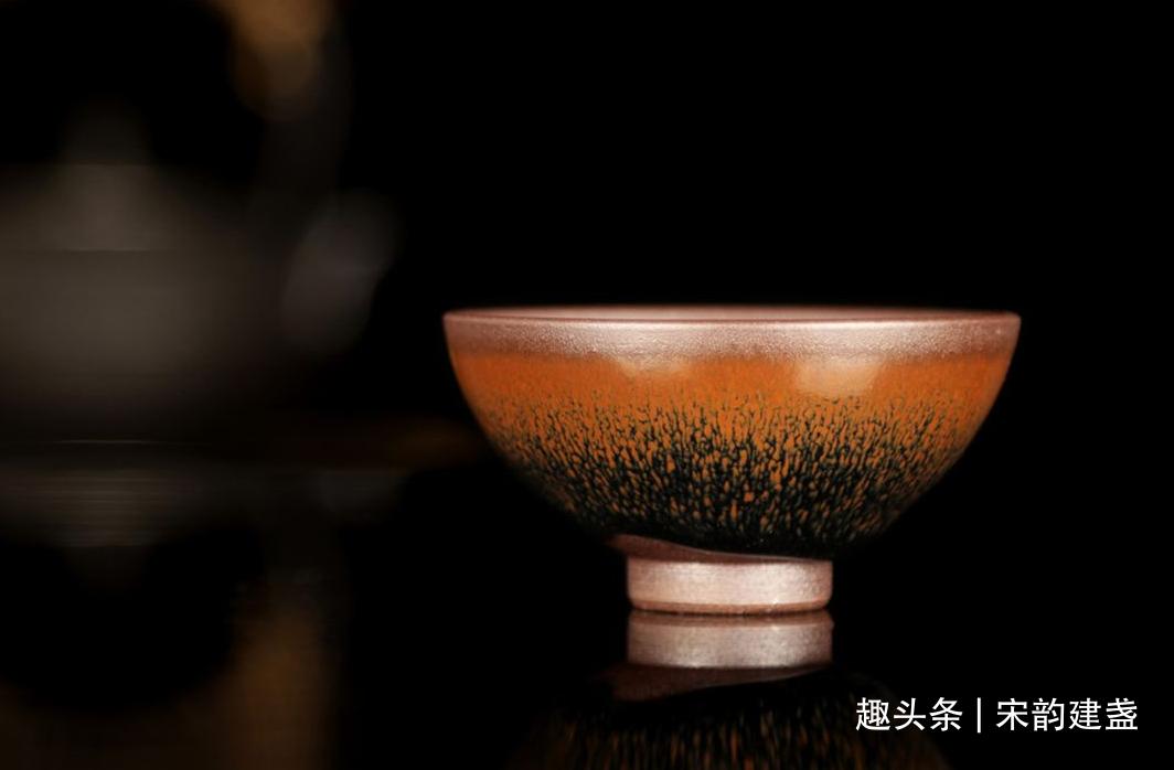 建盏釉面为何如此多元化,是不是添加了其他元素?喝茶安不安全?