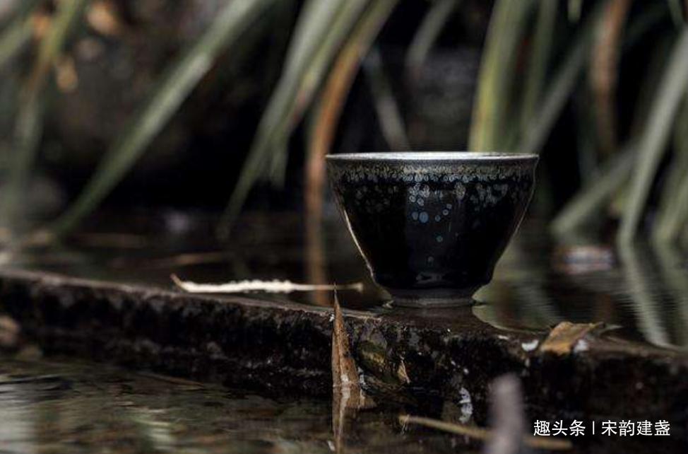 建盏茶器温杯烫盏,真的有必要吗?去除异味,凝聚茶香,很有必要